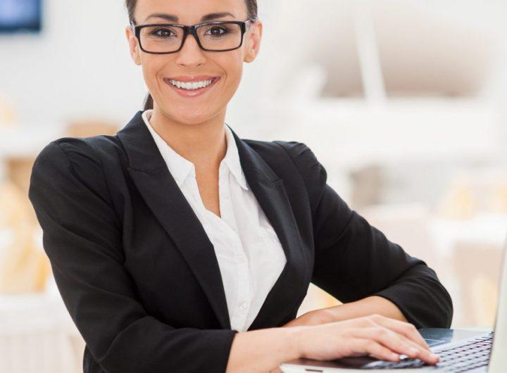 confident-businesswoman-2021-09-02-08-07-06-utc